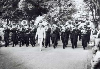 James Reaney and Music: Musical bees, marching bands, and dandelion horns